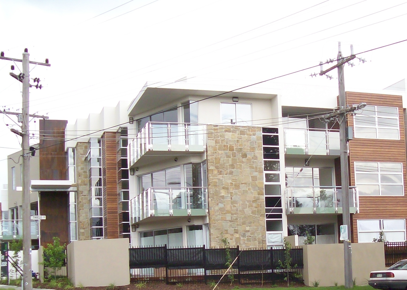 Great Three Storey Apartments Click To Enlarge